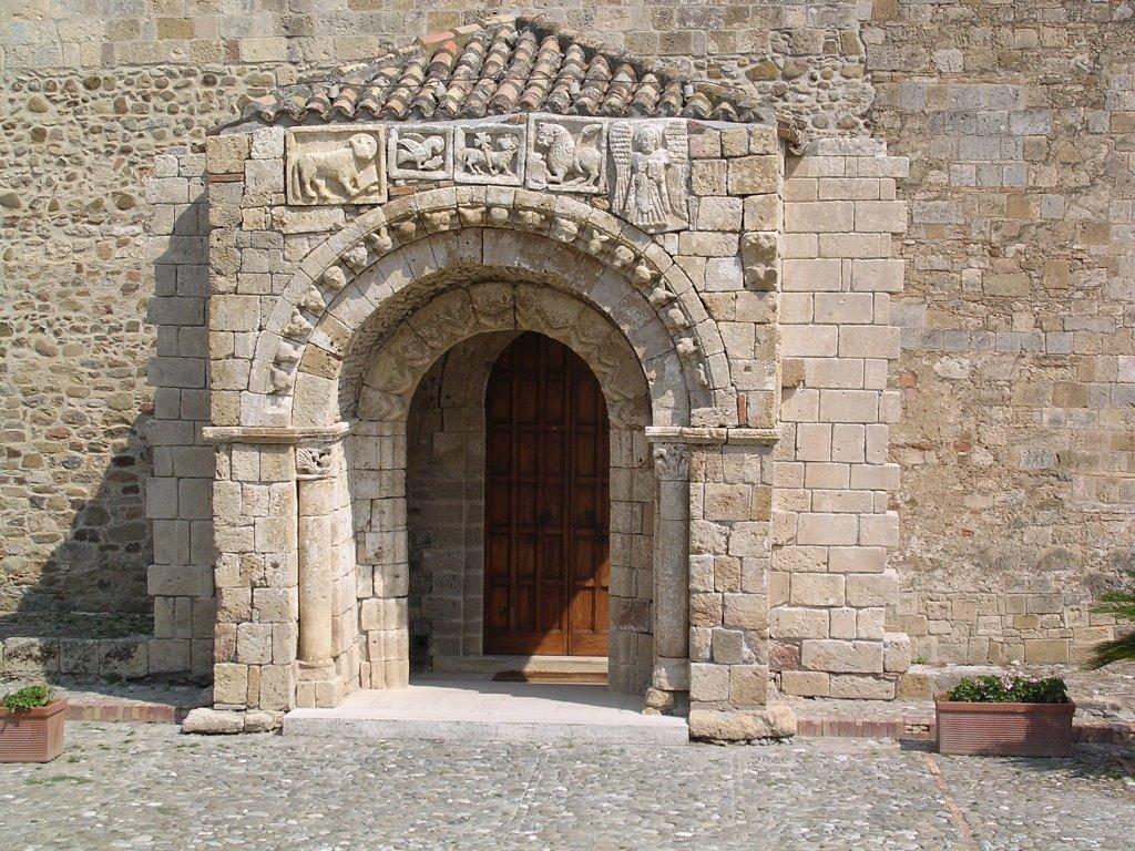 Portale Ingresso Cattedrale Anglona